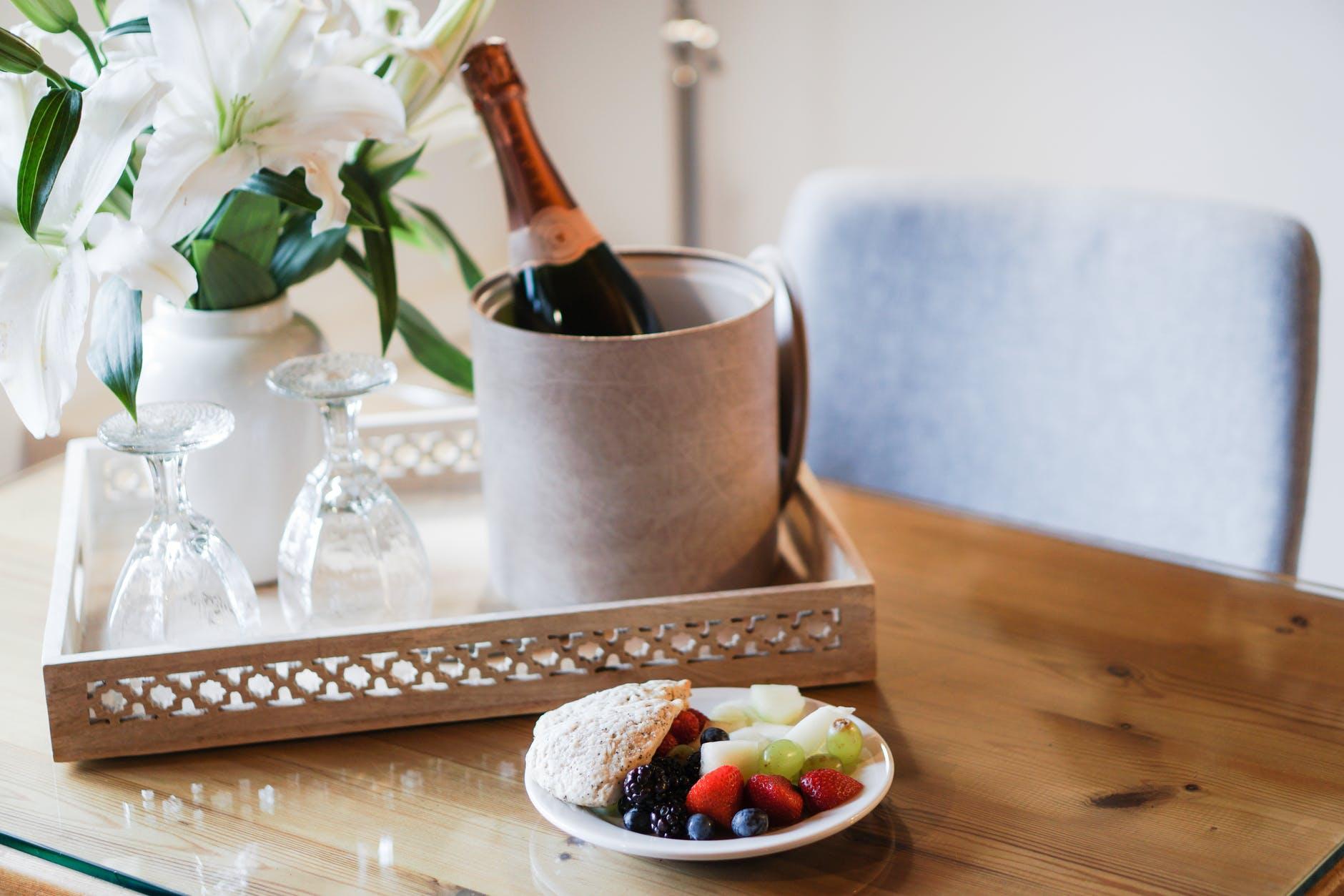 breakfast champagne hotel